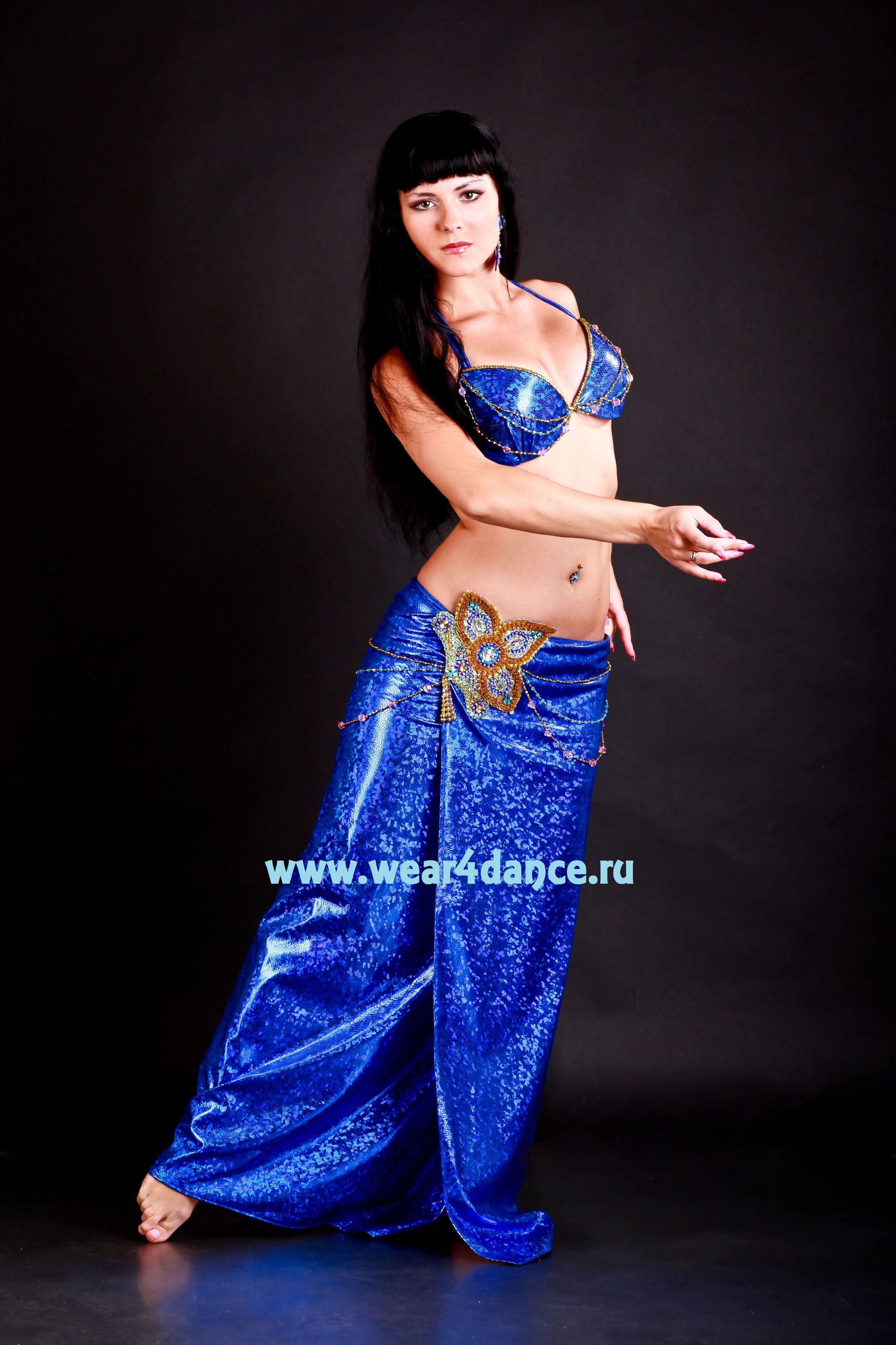 Юбке танцует стриптиз 30 фотография